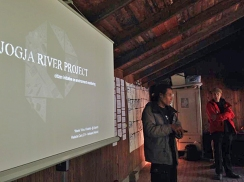 Jogja River Project 2013 and HackteriaLab 2014 dissemination presentation - Photo by Ong Jo-lene
